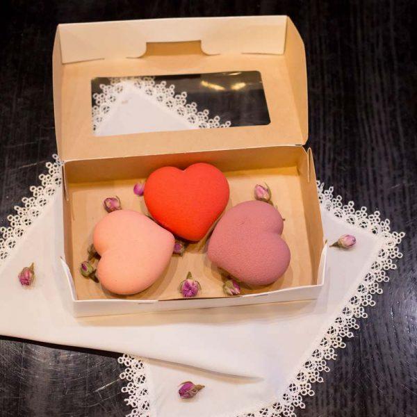 Набор подарочный к 14 февраля пирожные муссовые набор с сердцем